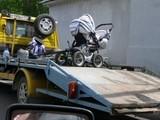 Kinderwagen abgeschleppt