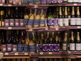 Zwischen Alkohol verstecken