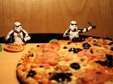 Sternentrupp beim Essen